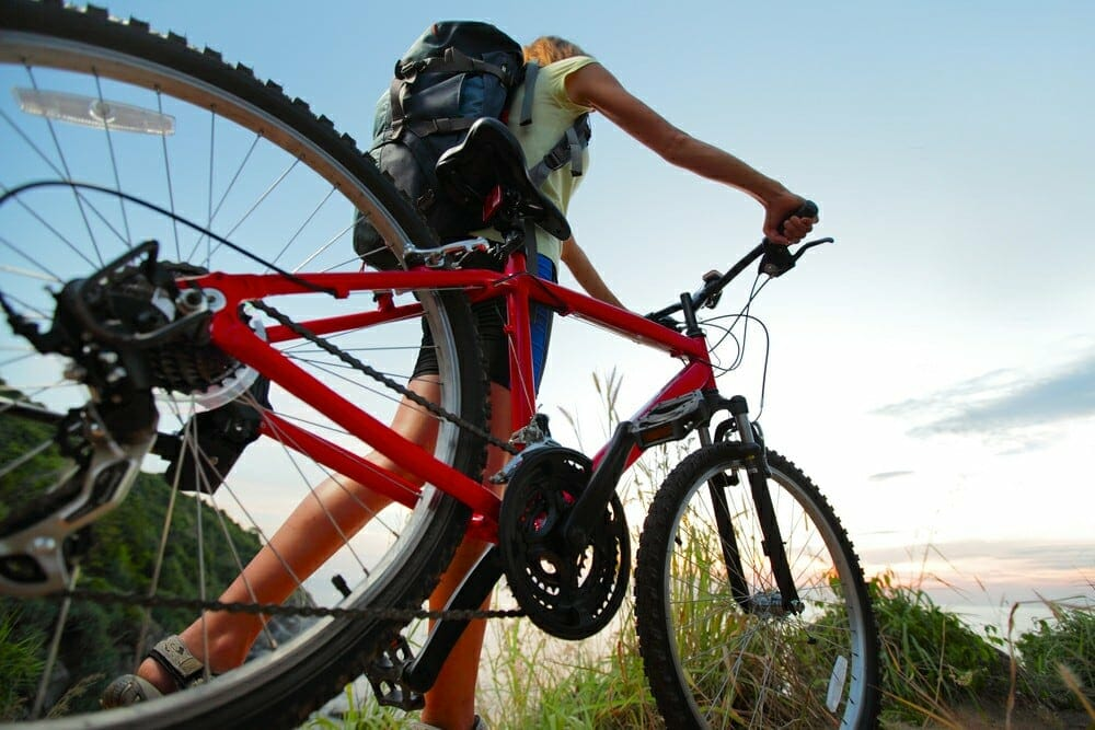 Types of Mountain Bikes: A picture showing a cross country MTB
